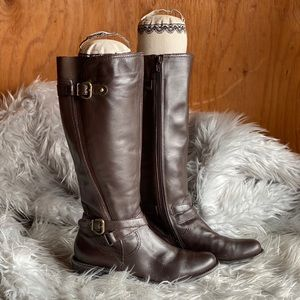 Boots by Ditto Van Eli